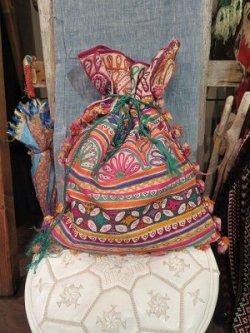 画像1: ラバリ刺繍 アンティーク 巾着BAG(I-BAG-LAB14)